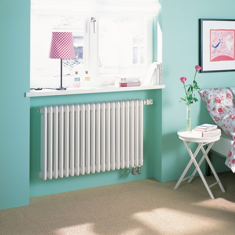 radiátor ZEHNDER Charleston 600 x 414 x 136 mm spodné pripojenie pravé s int. ventilom biela
