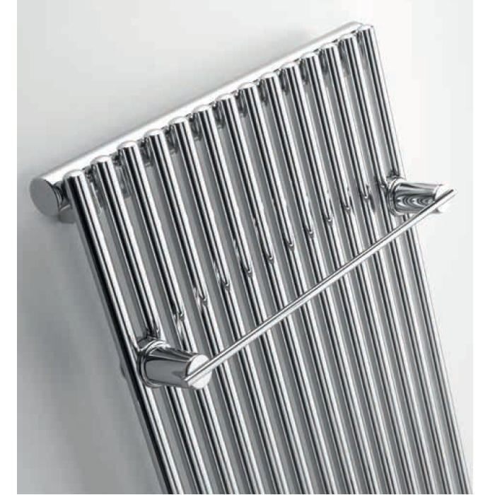 radiátor ZEHNDER KLEO 1800 x 332 mm so stredovým pripojením zvislý chróm